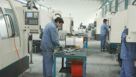 专业先进设备生产优质钢制管件